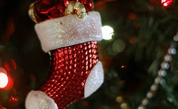 Sit back, grab a hot chocolate, and enjoy learning about Christmas stockings, the second ritual in our series of favorite famous Christmas traditions.